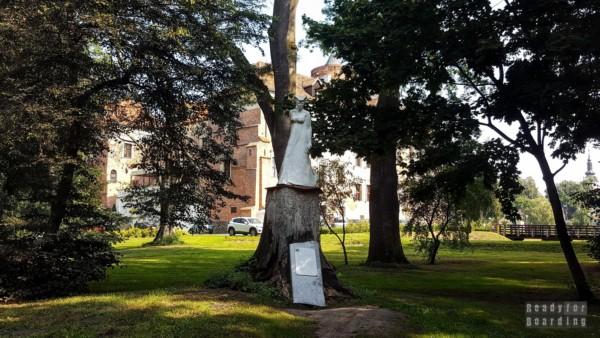 Biała Dama z Uniejowa - zamki województwa łódzkiego