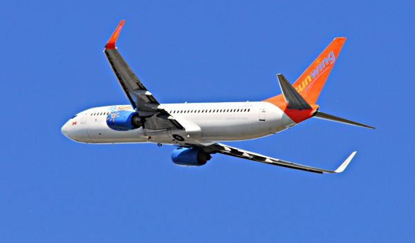 Sunwing Airlines, Sunwing Flight, Sunwing with a baby, sunwing with a toddler