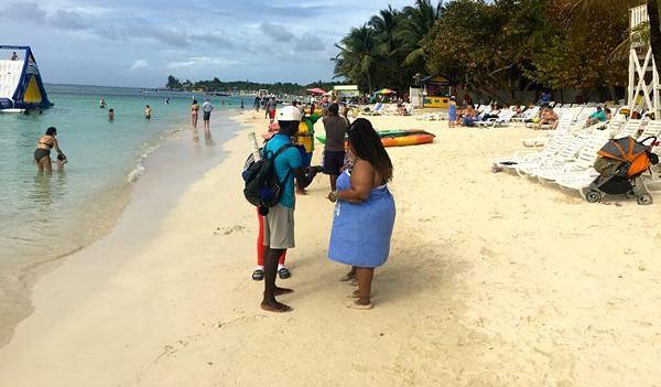 People on tabyana beach