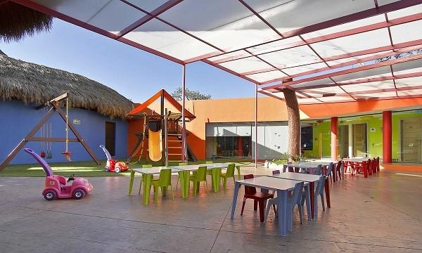 grand palladium vallarta baby club, resorts with baby clubs, mexico resorts with baby clubs, puerto vallarta resorts with baby clubs
