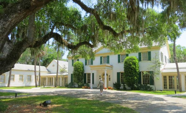 The Ribault Club, near the Kingsley Plantation, represents the 20th century era when millionaires wintered on Fort George Island. It's part of  the Timucuan Ecological and Historic Preserve. (Photo: Bonnie Gross)
