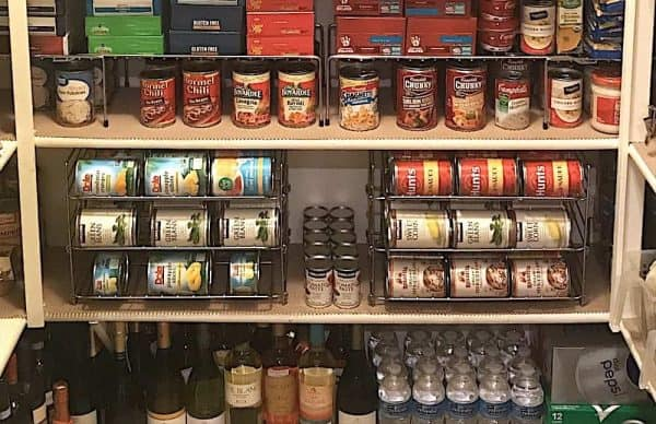 Pantry zone organization: canned foods and quick meals