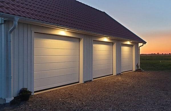Fasadbelysning på garaget