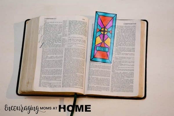 The cross is such an important part of the story of Easter and one that we need to teach our children. As they learn the true story of Christ's death, burial, and resurrection use these free stained glass coloring pages and bookmarks of the cross. #easter #reeprintables