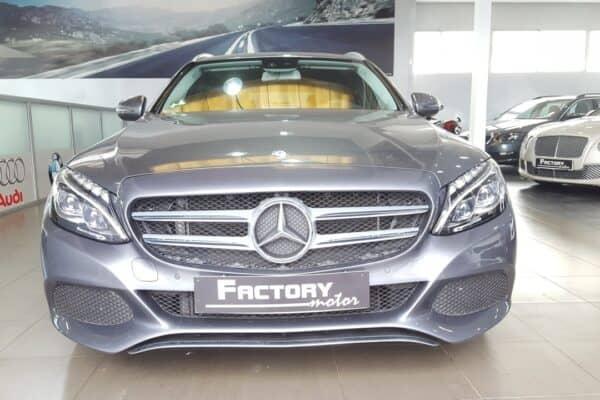 Frontal Mercedes-Benz Clase C 220d Estate
