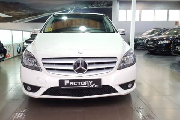 Frontal Mercedes-Benz Clase B180 CDI