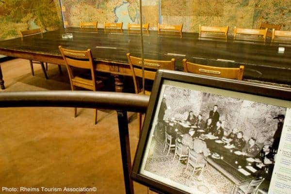 Eisenhower's war room in reims feature old photos and original furniture.