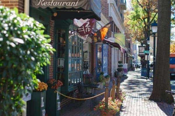 Alexandria is a pretty alternative to staying in washngton, dc