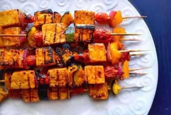 Thai basic tofu skewers are a great grill option when vegetarians come to visit.