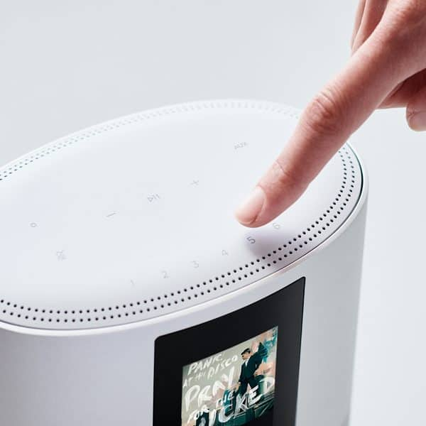 Controles táctiles altavoz Bose Home Speaker 500
