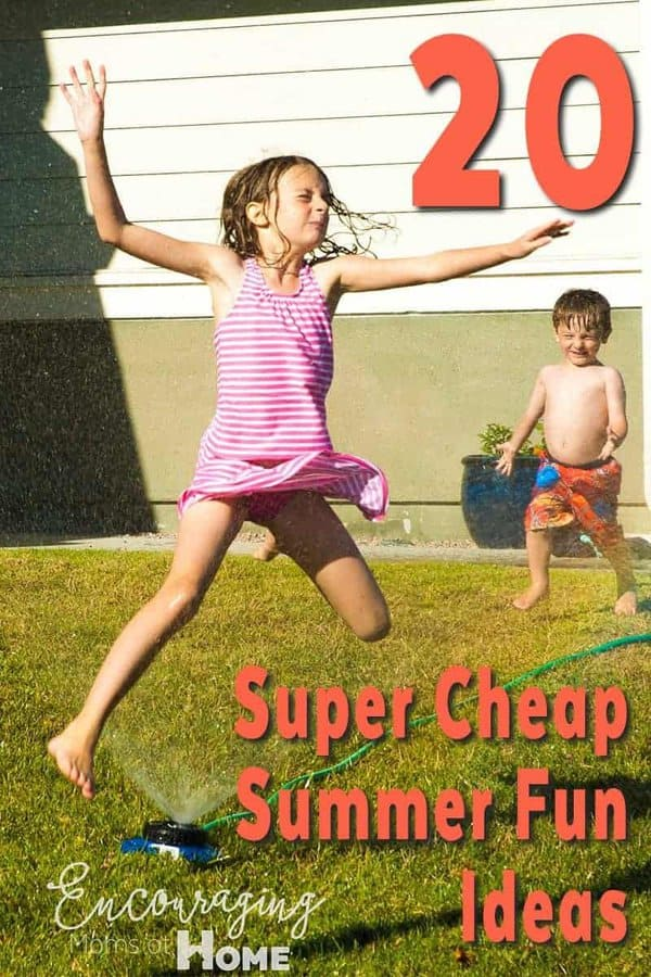 Looking for a way to have fun this summer?  Take a look at 20 of our favorite cheap summer fun activities.