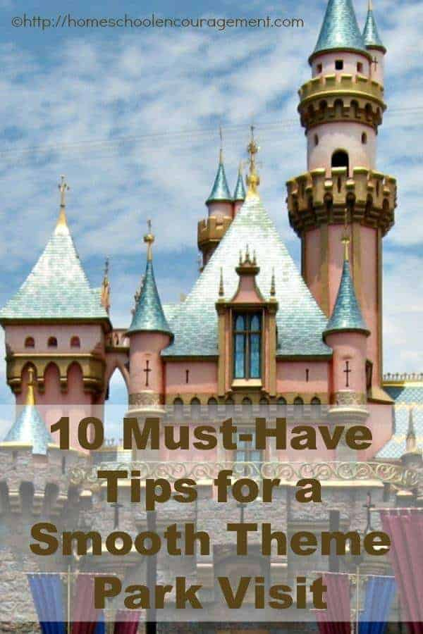 Searching for ways to make your next theme park visit smooth? Take a look at our 10 'must-have' tips for your next trip!