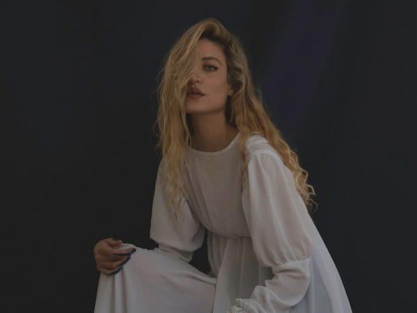Elle Azar © Ezra Cohen
