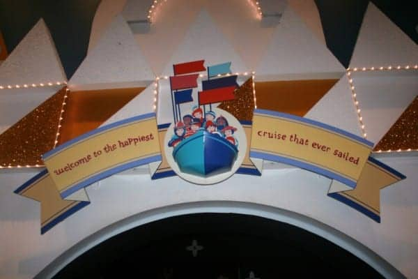 small world, magic kingdom, it's a small world, walt disney world, magic kingdom for toddlers, magic kingsom with a toddler, magic kingdom rides for toddlers