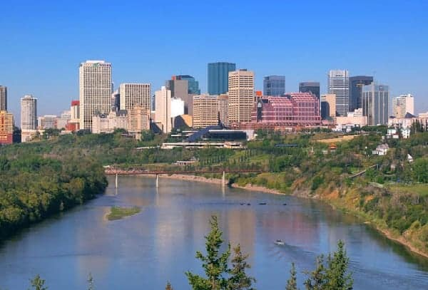 Visiting Edmonton with a toddler, edmonton with a toddler, edmonton with a baby, visiting edmonton