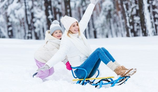 105 Family Winter Activities to Make this Your Best Winter Ever - Free Winter Bucket List (1)