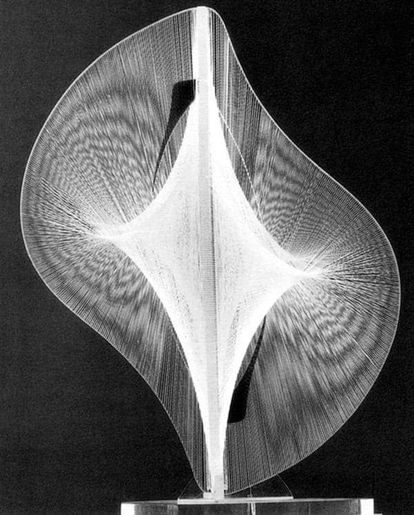 Naum Gabo, Linear Construction in Space No.2