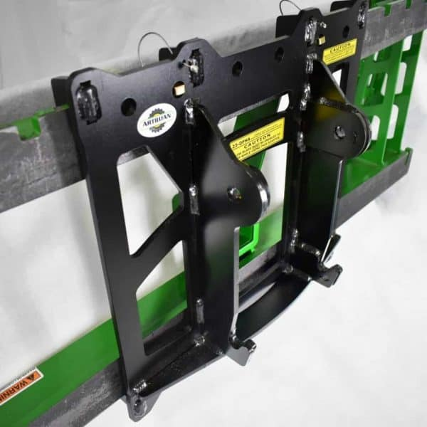 Compact Hitch Adapter for JD Quik-Tatch Hitch/54 Blade