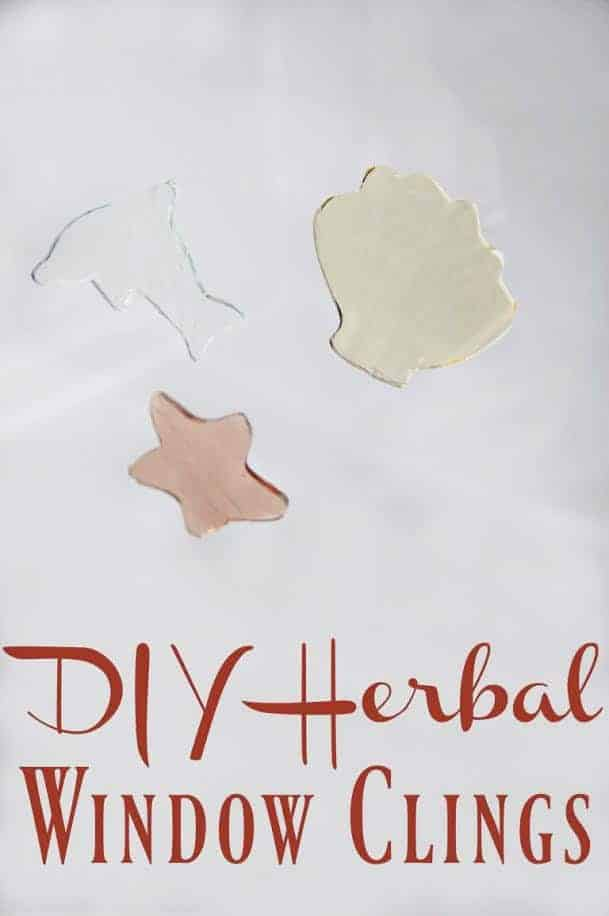 Skip the plastic and the artificial dyes and instead give your kids hours of fun with these diy herbal window clings! Fun to play with, fun to make! #windowclings #gelclings #gelatin #herbal #kidcrafts