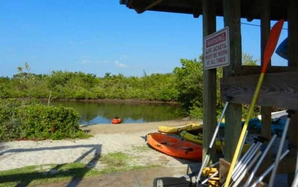 Kayak and canoe rentals at West Lake in Hollywood