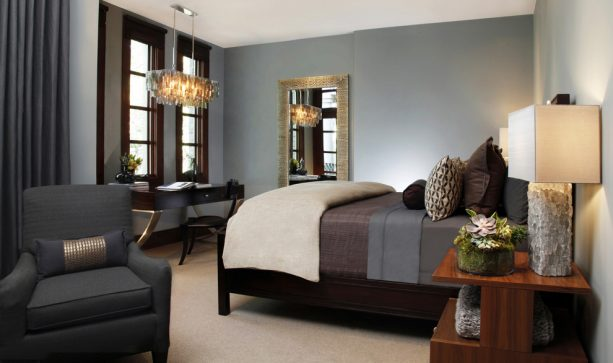 modern bedroom with Benjamin Moore brewster gray HC-162 wall paint color