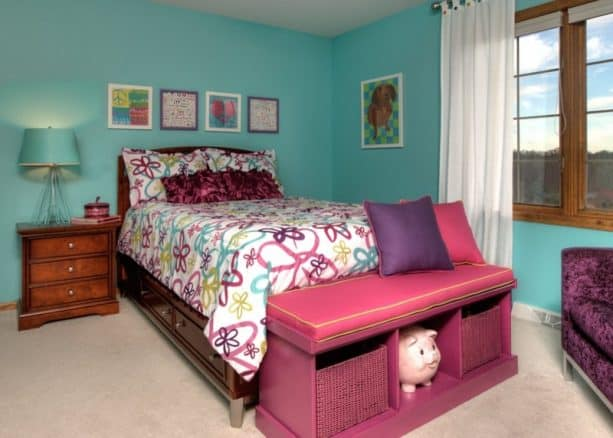 a timeless look can be achieved by mixing teal tone, purple, and a bit of pink