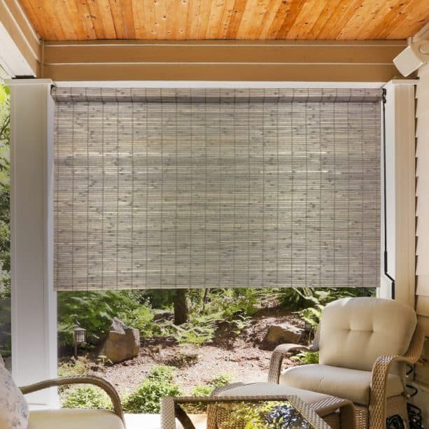 paint can give the bamboo blind a new color