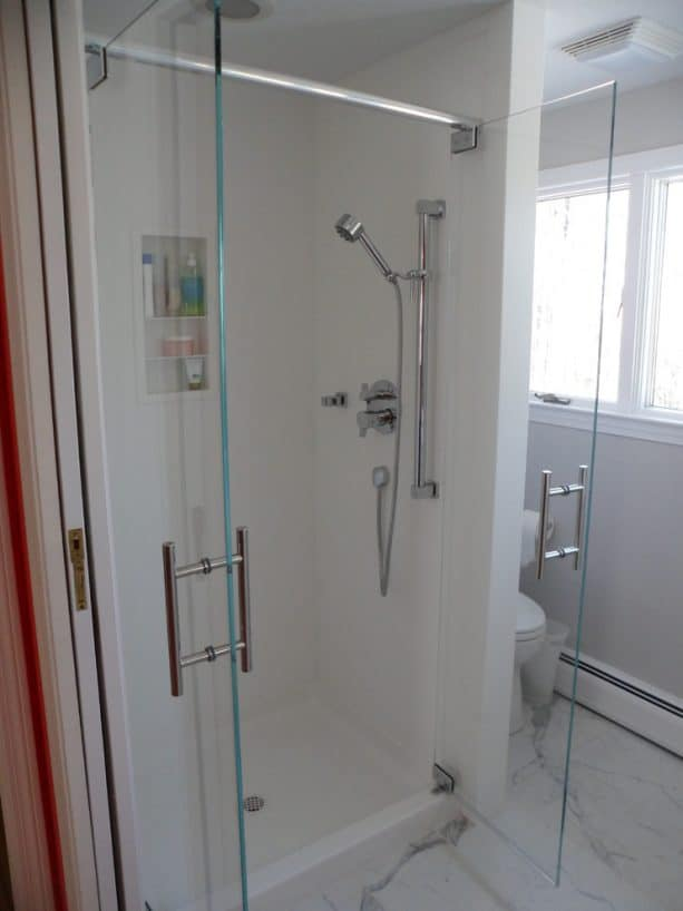 solid surface shower walls and pan with seamless design