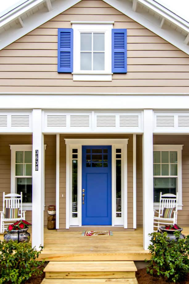 simple butted-style trim for coastal front door with sidelights