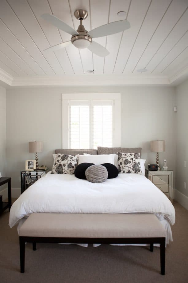 beige carpet color goes with light gray walls for simple contemporary bedroom