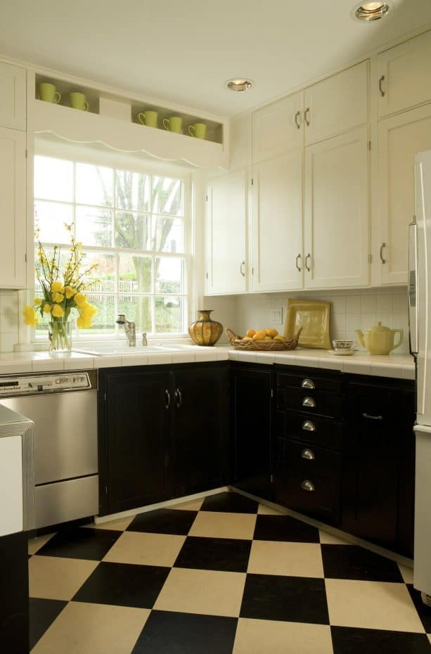 diamond-style linoleum floor in black and white traditional kitchen