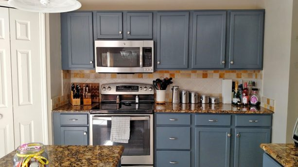 kitchen cabinet makeover with General Finish Gray Gel Stain