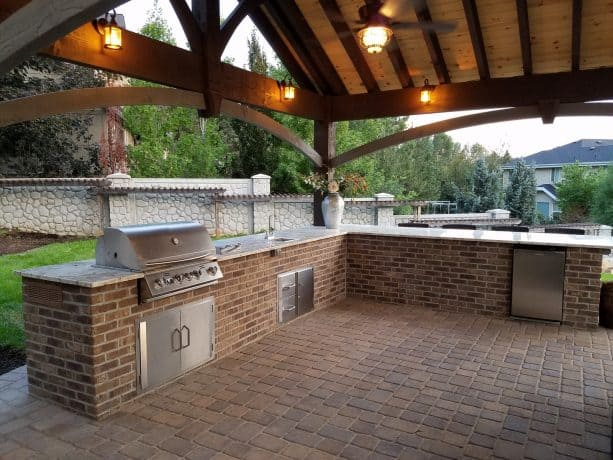 the use of brickweb tile technology on a BBQ island
