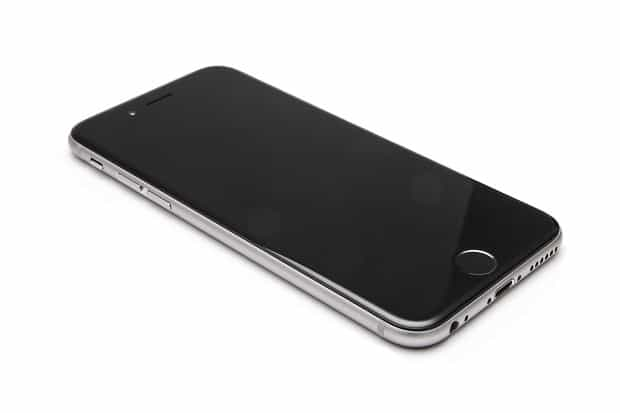separation shoes c6e6d 76d33 iPhone 6 Black Screen Problem