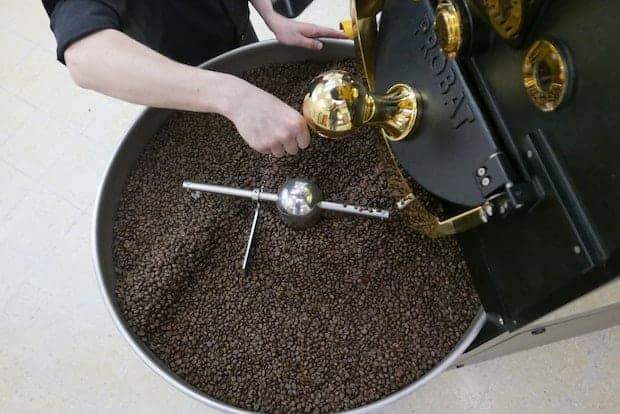 Specialty coffee roasting in a drum roaster
