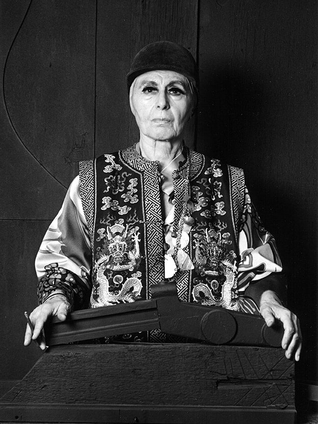 Louise Nevelson - portrait by Lynn Gilbert - 1976