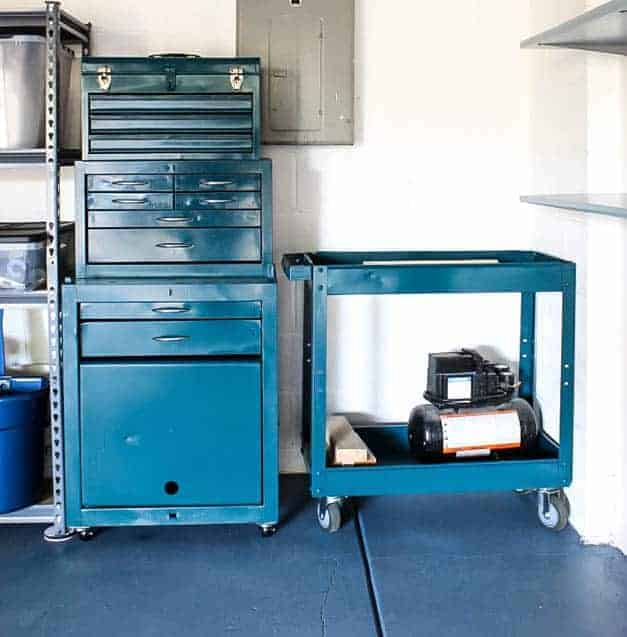 metal-tool-box-cart-makeover-garage-the-striped-house