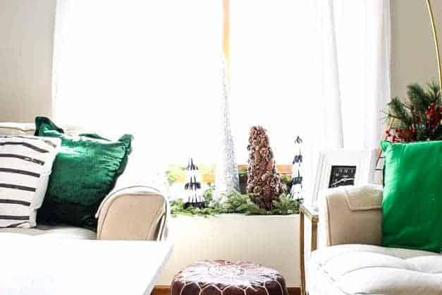 modern-traditional-scandinavian-christmas-home-tour-living-room