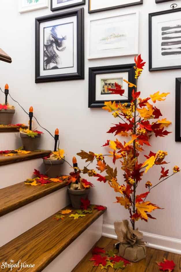 Home decor and DIY Halloween decorations inspired by The Legend of Sleepy Halloween. #sleepyhollow #halloweendecor #halloween