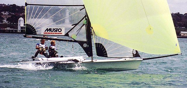 640px-49er_skiff_sailing_AUS_nationals_Geelong