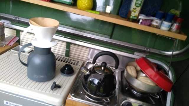 KOKEN OP DE CAMPING  Omnia oven, review camping oven voor op gas