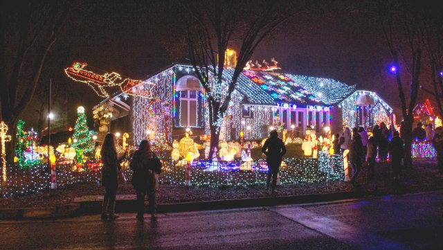 Lights on Texas - where to see Christmas lights in Wichita