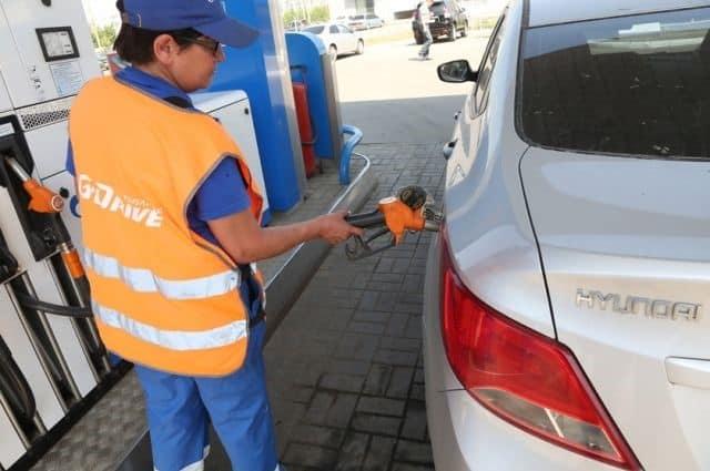 В Новосибирской области не осталось бензина дешевле 43 рублей