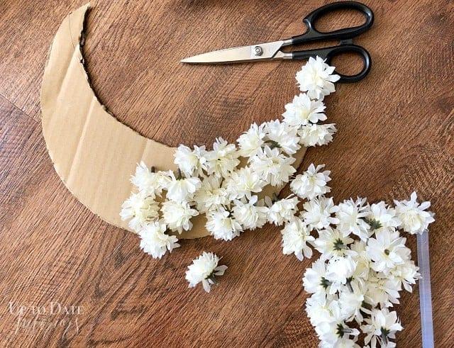 Crescent Floral Moon Wreath Flowers Glue