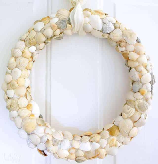 Diy Seashell Beach Wreath with Clam Shells