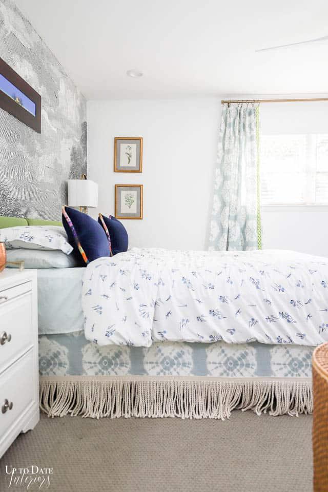 Parisian Style Bedroom Watermark 36