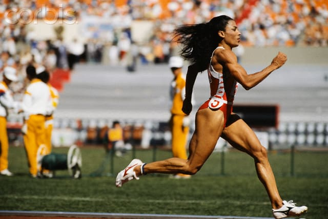 Top 10 Female Track Runners in the World