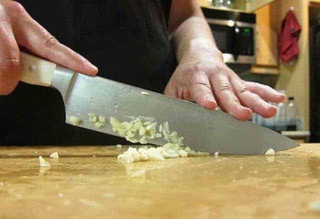 kitchen knives do i need kitchen knife set vs individual kitchen knives here s