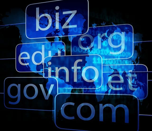 Domain Name Registration and Web Hosting Tips