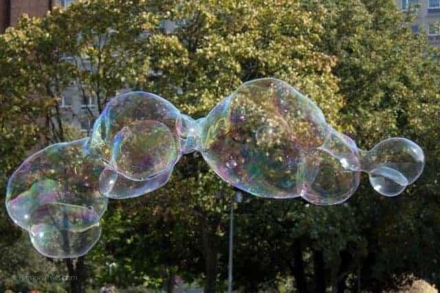 KAMPEERTIPS KINDEREN UITRUSTING  Bellenblaas vanaf nu verboden op campings in Europa!